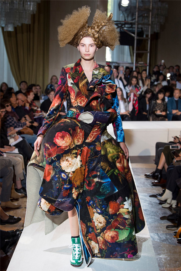 多维涂鸦 日本设计师品牌川久保玲2018春夏系列时装秀