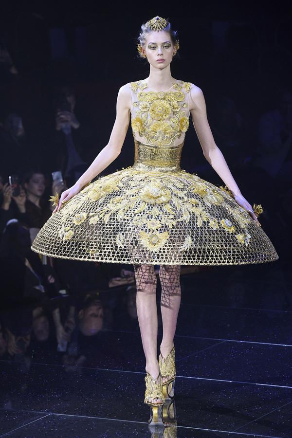 生命之花 至臻至美 Guo Pei 2018春夏高定时装秀