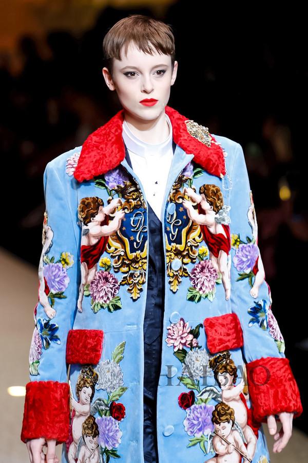 Dolce&Gabbana 2018秋冬米兰女装秀(图9)