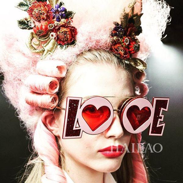 Dolce&Gabbana 2018秋冬米兰女装秀(图18)