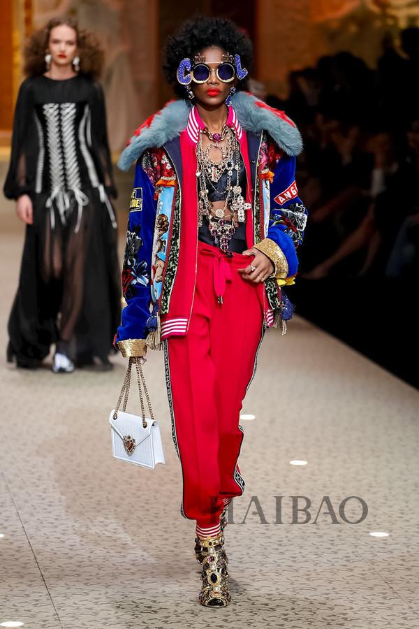 Dolce&Gabbana 2018秋冬米兰女装秀(图22)