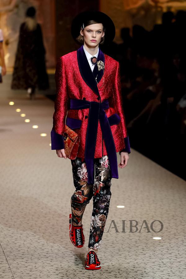 Dolce&Gabbana 2018秋冬米兰女装秀(图26)