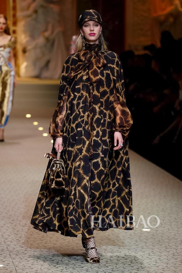 Dolce&Gabbana 2018秋冬米兰女装秀(图27)