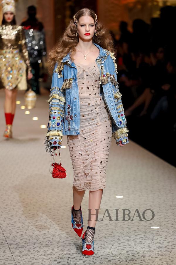 Dolce&Gabbana 2018秋冬米兰女装秀(图43)