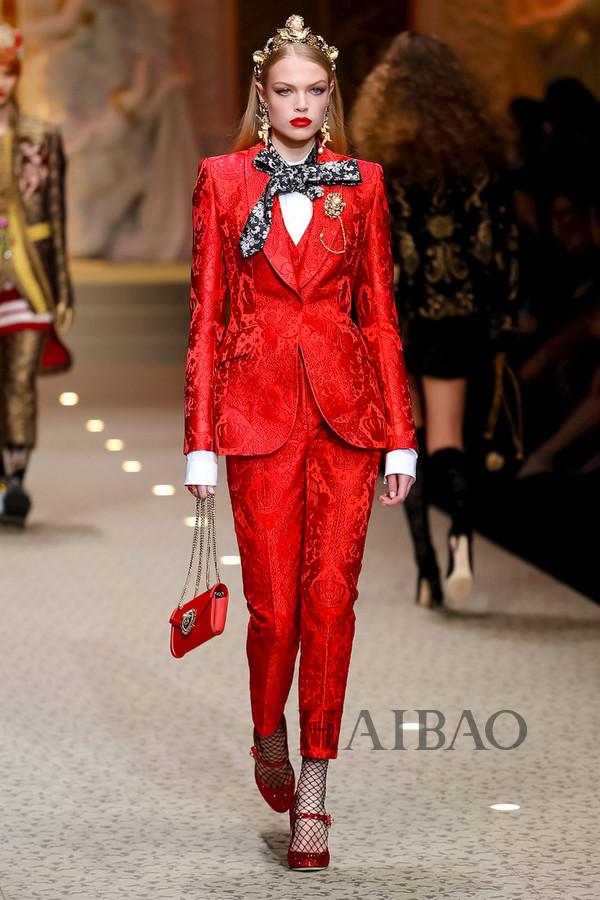 Dolce&Gabbana 2018秋冬米兰女装秀(图49)