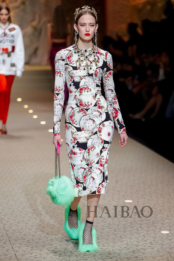 Dolce&Gabbana 2018秋冬米兰女装秀(图58)