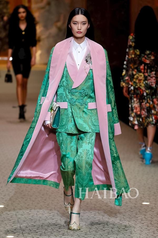 Dolce&Gabbana 2018秋冬米兰女装秀(图60)