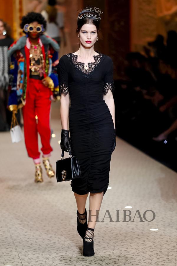 Dolce&Gabbana 2018秋冬米兰女装秀(图61)