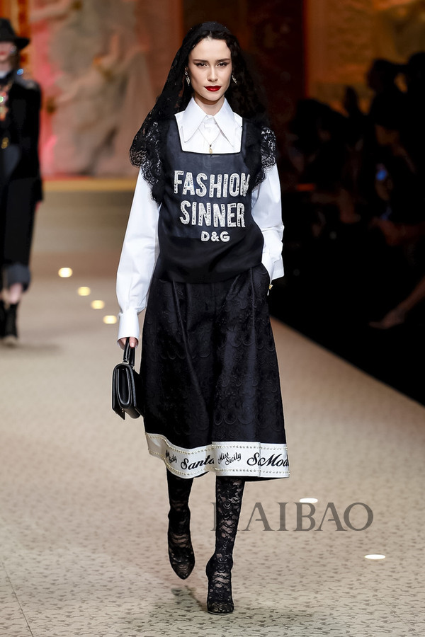 Dolce&Gabbana 2018秋冬米兰女装秀(图111)