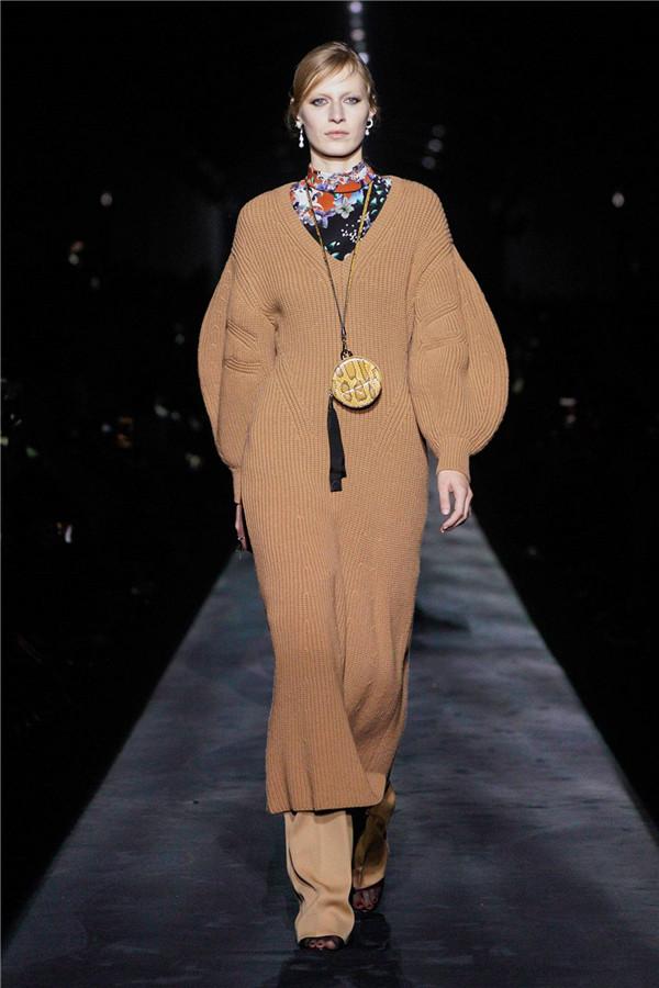 Givenchy 2019秋冬巴黎时装周